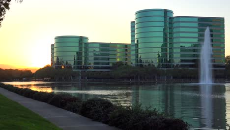 Establishing-shot-of-Oracle-Headquarters-in-Silicon-Valley-California-in-golden-light-5