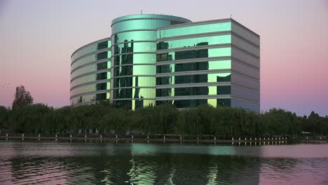 Establishing-shot-of-Oracle-Headquarters-in-Silicon-Valley-California-in-golden-light-6