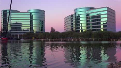 Establishing-shot-of-Oracle-Headquarters-in-Silicon-Valley-California-in-golden-light-7