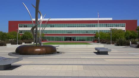 The-beautiful-modern-art-deco-city-hall-of-Richmond-California-1