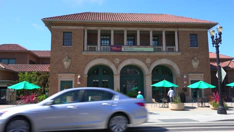 A-small-post-office-or-government-building-in-a-California-town-1