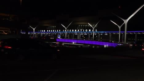 Night-establishing-shot-of-the-Tom-Bradley-International-Terminal-at-Los-Angeles-airport