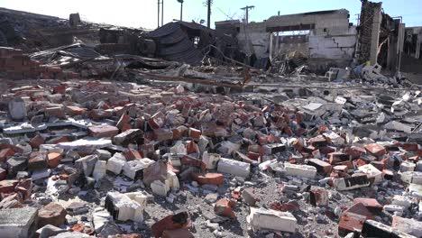 Acres-De-Escombros-Son-Todo-Lo-Que-Queda-De-Los-Edificios-Tras-Los-Disturbios-En-Ferguson-Missouri