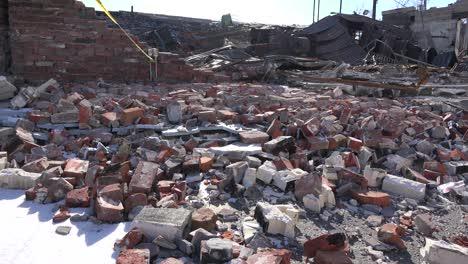 Acres-De-Escombros-Son-Todo-Lo-Que-Queda-De-Los-Edificios-Tras-Los-Disturbios-En-Ferguson-Missouri-2