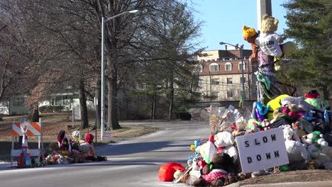 A-makeshift-memorial-for-Michael-Brown-shooting-victim-in-Ferguson-Missouri-5