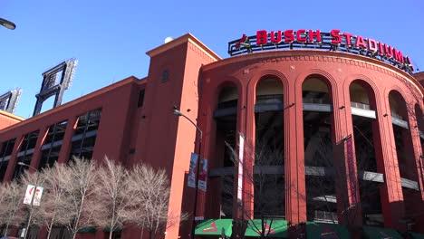 Establishing-shot-of-Busch-Stadium-in-St-Louis-1