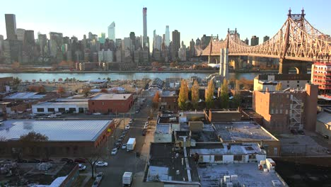 Beautiful-shot-of-Manhattan-New-York-skyline-with-Queensboro-Bridge-and-Queens-foreground