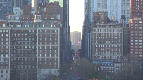 Telephoto-shot-looking-down-the-avenues-of-Manhattan-New-York-city