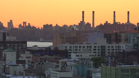 A-dusk-view-across-the-Brooklyn-and-Queens-skyline-in-New-York-City