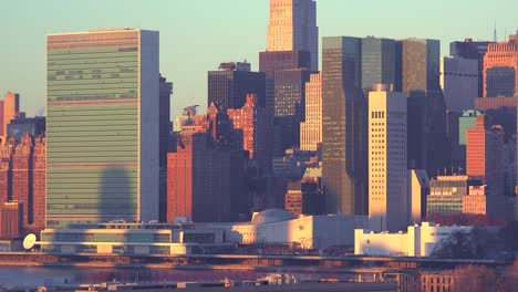 Early-morning-shot-of-the-New-York-City-Manhattan-skyline-with-the-United-Nations-building-in-the-foreground-1