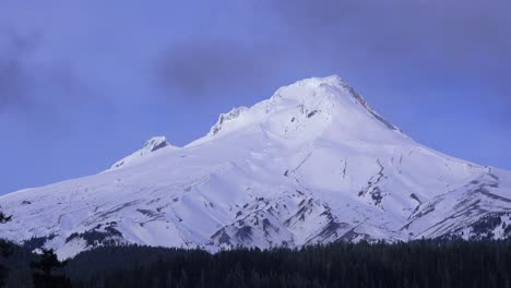 Time-lapse-of-clouds-moving-across-the-summit-of-Mt-Hood-Oregon-1