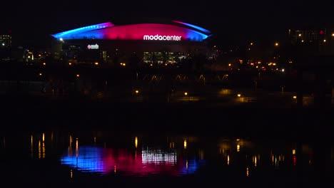 Establishing-shot-of-the-Moda-Center-in-Portland-Oregon-at-night