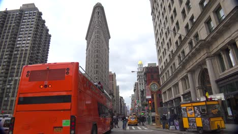 A-time-lapse-shot-of-traffic-passing-in-front-of-the-Flatiron-Building-in-Manhattan-New-York-City