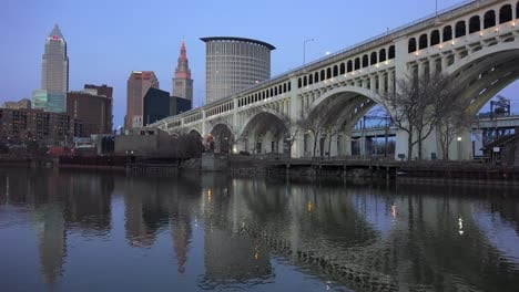 Evening-shot-of-Cleveland-Ohio-with-bridge-foreground