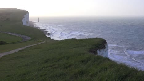 The-White-Cliffs-of-Dover-near-Beachy-Head-in-Southern-England