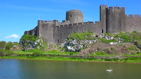 The-beautiful-Pembroke-Castle-in-Wales-with-it-s-moat
