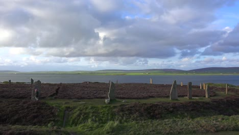 The-sacred-Brodgar-circular-Celtic-stones-on-the-Islands-of-Orkney-in-Northern-Scotland-2