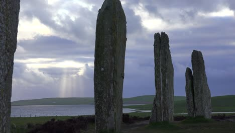 The-sacred-Brodgar-circular-Celtic-stones-on-the-Islands-of-Orkney-in-Northern-Scotland-5