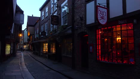 A-beautiful-night-street-in-the-old-town-of-York-England
