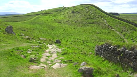An-establishing-shot-of-Hadrians-Wall-in-northern-England-2