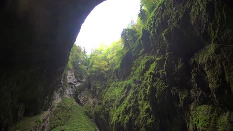 La-Cueva-Punkva-En-La-República-Checa-Es-Una-Maravilla-De-La-Región