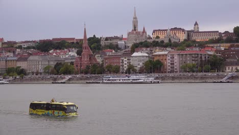 An-amphibious-tour-bus-travels-down-the-Danube-River-in-Budapest-Hungary-1