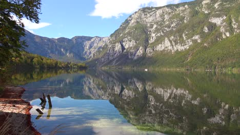 A-beautiful-establishing-shot-of-Lake-Bohinj-Slovenia