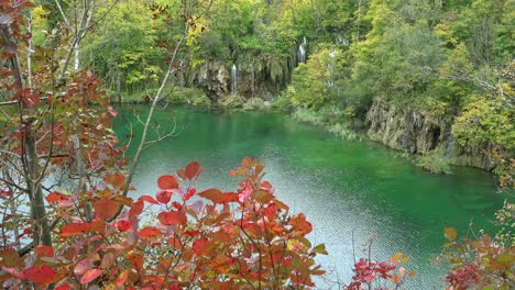 Pretty-shot-of-lakes-and-waterfalls-at-Plitvice-National-Park-in-Croatia