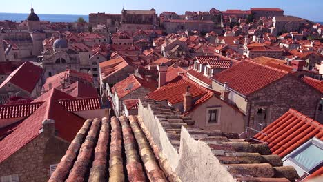 Beautiful-view-over-the-red-tiled-roofs-of-the-old-city-of-Dubrovnik-Croatia
