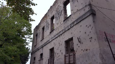 Ruined-buildings-from-the-war-in-downtown-Mostar-Bosnia-Herzegovina-6