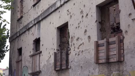 Ruined-buildings-from-the-war-in-downtown-Mostar-Bosnia-Herzegovina-7