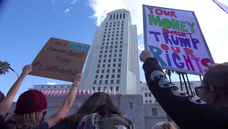 A-huge-protest-against-the-presidency-of-Donald-Trump-in-downtown-Los-Angeles-1
