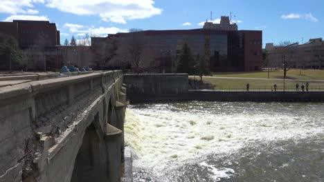 Polluted-water-flows-from-the-Flint-River-through-Flint-Michigan-during-their-water-crisis