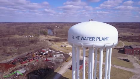 Aerial-over-the-Flint-Michigan-water-tanks-during-the-infamous-Flint-water-crisis-3