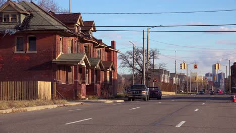 Old-rundown-neighborhood-near-Detroit-Michigan
