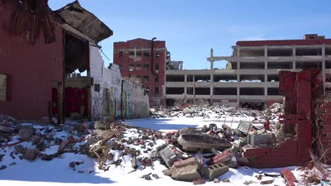 Old-rundown-and-destroyed-automobile-factory-near-Detroit-Michigan-2