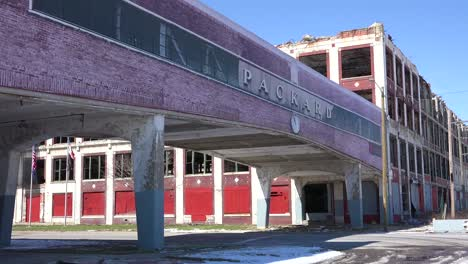 Old-rundown-and-destroyed-Packard-automobile-factory-near-Detroit-Michigan