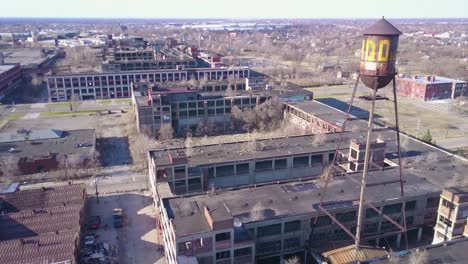 Amazing-aerial-over-the-ruined-and-abandoned-Packard-automobile-factory-near-Detroit-Michigan-1