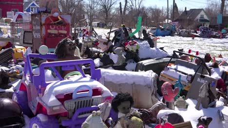 Abandoned-items-are-assembled-into-art-objects-in-this-Detroit-neighborhood