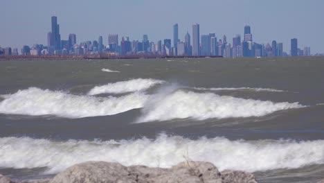 The-Chicago-Illinois-skyline-across-a-turbulent-Lake-Michigan