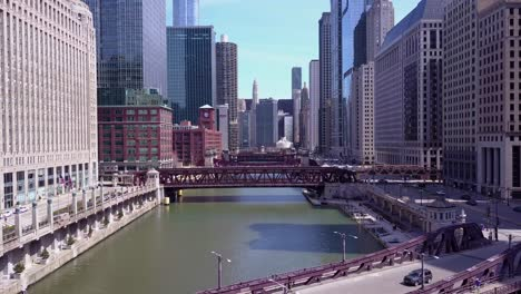 An-aerial-over-the-Chicago-River-in-downtown-Chicago