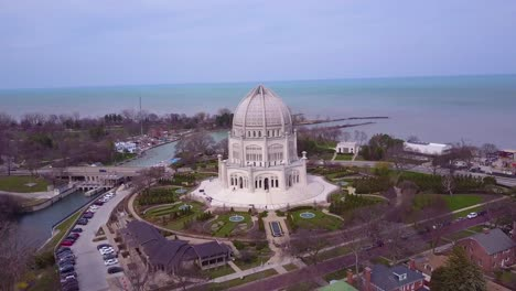 Beautiful-aerial-over-the-Baha-i-Temple-in-Chicago-Illinois