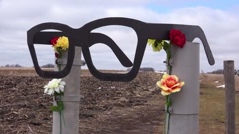 El-Lugar-Del-Accidente-Del-Avión-Buddy-Holly-Memorial-En-Clear-Lake-Iowa-1