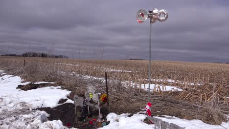 The-Buddy-Holly-Memorial-plane-crash-site-in-Clear-Lake-Iowa-2