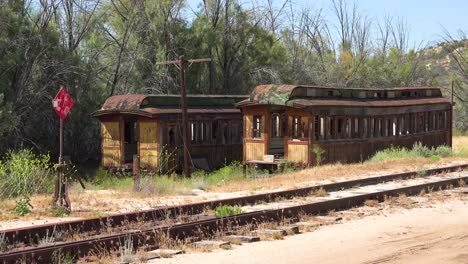 An-abandoned-and-rusting-train-sits-on-a-lonely-siding-2