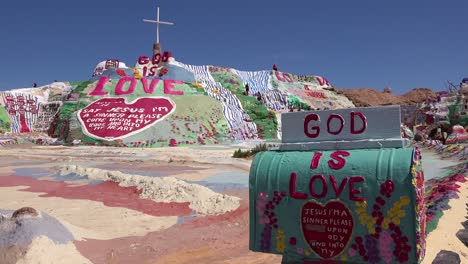 A-giant-hippy-Christian-art-installation-honors-Jesus-in-the-desert-in-Slab-City-California