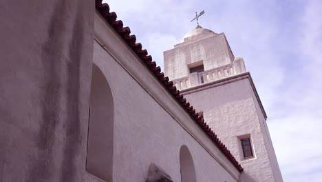 Low-angle-establishing-shot-of-the-San-Diego-Spanish-Mission