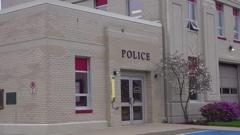 Exterior-establishing-shot-of-a-small-police-station