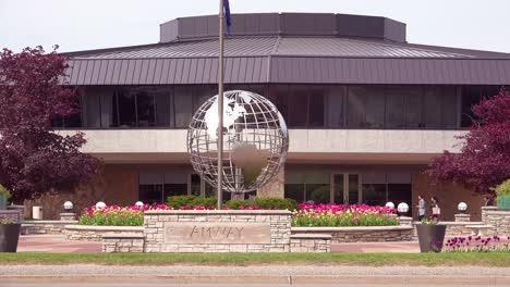Establishing-shot-of-Amway-corporate-headquarters-in-Grand-Rapids-Michigan-1
