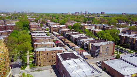 Beautiful-aerial-around-a-Moorish-dome-and-lower-class-neighborhoods-on-the-southside-of-Chicago-1
